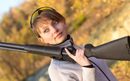 женщина с ружьем